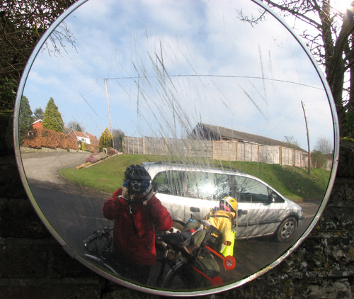 A rear-mounted Molly in a mirror with me
